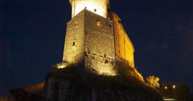 Al Castello di Frontone musica e poesia