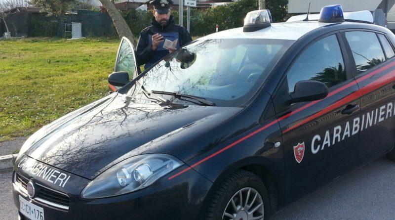 Maltrattava gli anziani genitori, arrestato un quarantaduenne di Montemarciano