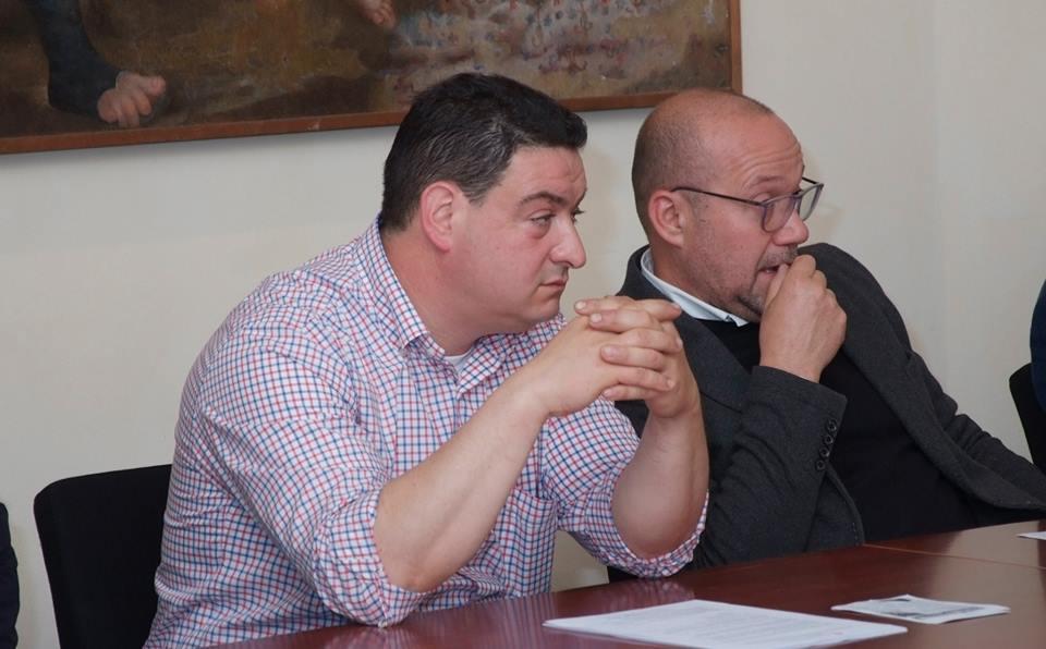 MONSANOsindaco Monsano Roberto Campelli e a dx presidente il Borgo della Canapa Fabio Iencenella