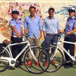 Vigili urbani a piedi a Mondolfo ed in bici a Marotta