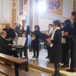 OSTRA VETERE / Neppure il freddo pungente ha bloccato il Concerto di Canti di Natale della Schola Cantorum