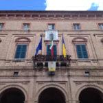 OSTRA / Gli abitanti chiedono la revoca del senso unico a Pianello