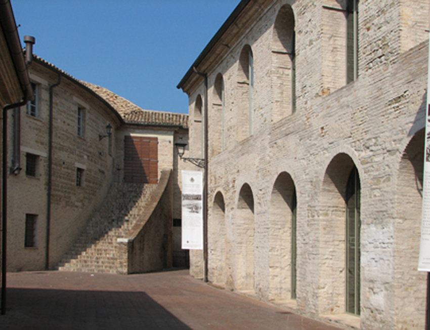 SENIGALLIA / Continua l'indagine conoscitiva per poter migliorare la Biblioteca Comunale Antonelliana