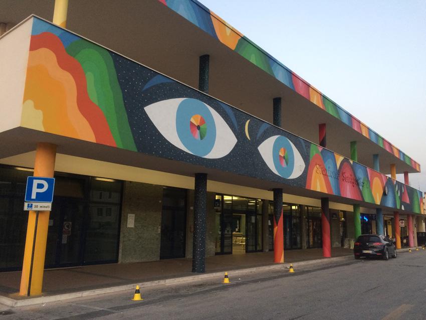 Alla stazione ferroviaria di Senigallia la più grande opera di arte urbana realizzata in città