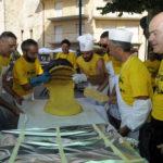 Domenica a Piobbico la giornata clou per il Festival dei Brutti e la sagra nazionale del polentone alla carbonara
