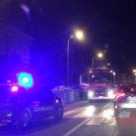 Auto in fiamme a Falconara, traffico in tilt lungo la Statale