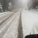 Interventi continui per la neve lungo le strade della provincia di Pesaro Urbino
