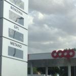 Coop Alleanza 3.0 si appresta a realizzare a Jesi un nuovo impianto di distribuzione di carburanti in un'area verde: polemica protesta del sindaco Massimo Bacci