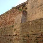 """""""Le mura urbane di Mondolfo lasciate da 40 anni in uno stato di intollerabile degrado"""""""