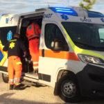 Si schianta con l'auto contro un albero, un uomo di 56 anni perde la vita a Ostra Vetere
