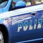 Nonostante i divieti si avvicina a casa della moglie e le danneggia l'auto: tunisino arrestato a Fano dalla polizia