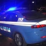 Sorpresi a rubare nelle auto in sosta, due ragazzi denunciati a Fano dalla polizia