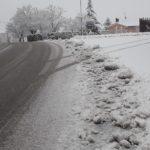 Numerosi mezzi impegnati per rendere transitabili tutte le strade della provincia di Pesaro Urbino