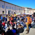 Anche a Senigallia centinaia di studenti hanno manifestato in difesa del clima